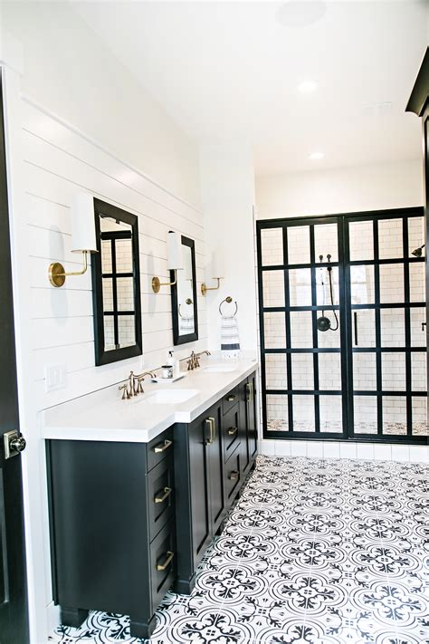 farmhouse bathroom floor smi modern farmhouse master bedroom and bathroom sita Modern