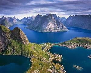 beautiful, view, of, the, height, lofoten, islands, norway, landscape, wallpaper, hd, 2880x1800