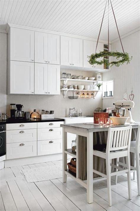 kitchen ideas glossy modern island range