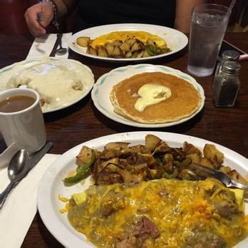 Country Kitchen  35 Photos & 34 Reviews  Comfort Food