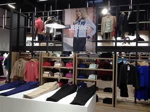 La halle mondevillage focus shopper for Tapis de course avec magasin qui reprend les canapés