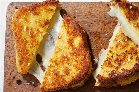 mozzarella in carrozza mozzarella in carrozza fried mozzarella sandwiches