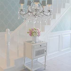 Shabby And Charme : 25 best ideas about shabby chic wallpaper on pinterest wallpaper stairs french bedroom decor ~ Farleysfitness.com Idées de Décoration