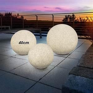 Boule Decorative Extérieure : lampe boule solaire d corative couleur changeante pierre sur lampes solaires ~ Teatrodelosmanantiales.com Idées de Décoration