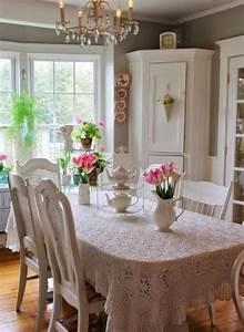 Salle A Manger Chic : d co et meubles shabby chic dans la salle manger comment cr er une atmosph re vintage ~ Nature-et-papiers.com Idées de Décoration