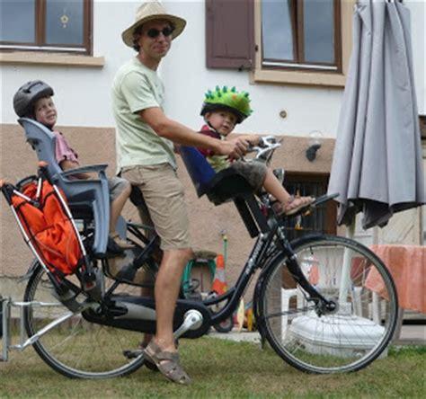 siege velo bebe avant le vélo brouette le combiné sièges enfant avant et arrière