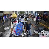 Venezuela crisis: Doctors flee as medical shortages become ...