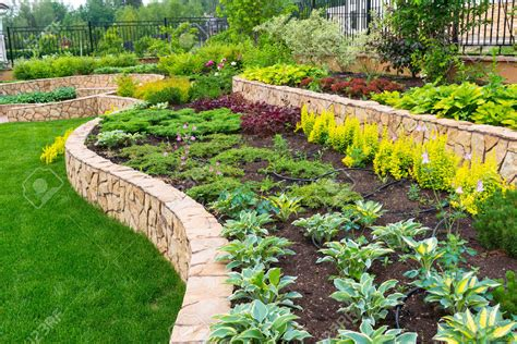 landscaping a garden garden inspiring garden landscape design ideas fascinating green rectangle modern grass and