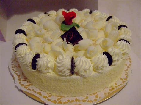 wedding cakes white chocolate cake recipe white