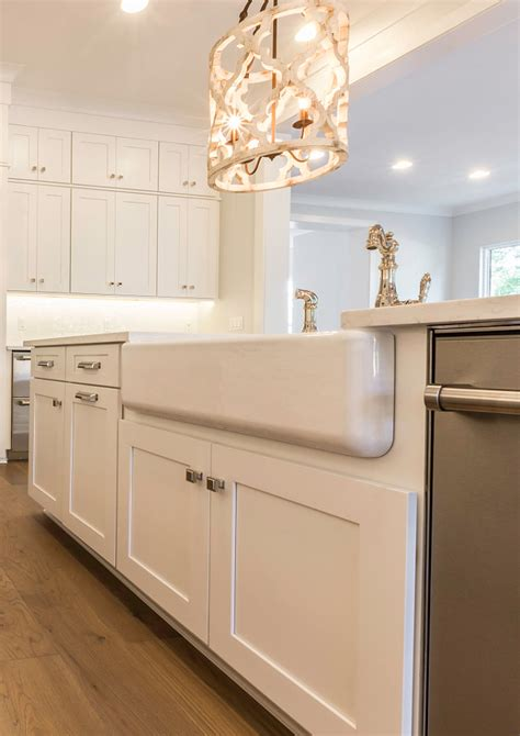 benjamin moore linen white cabinets category small space design home bunch interior design 324 | Linen White by Benjamin Moore Cabinet Color
