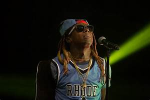 Lil Wayne heads back to school during Rhode Island stop on ...
