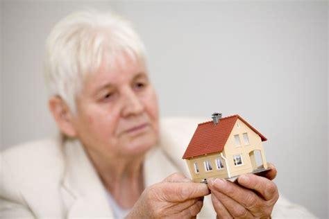 kann einen bausparvertrag beleihen wann lohnt sich eine immobilienrente sechs sechzig