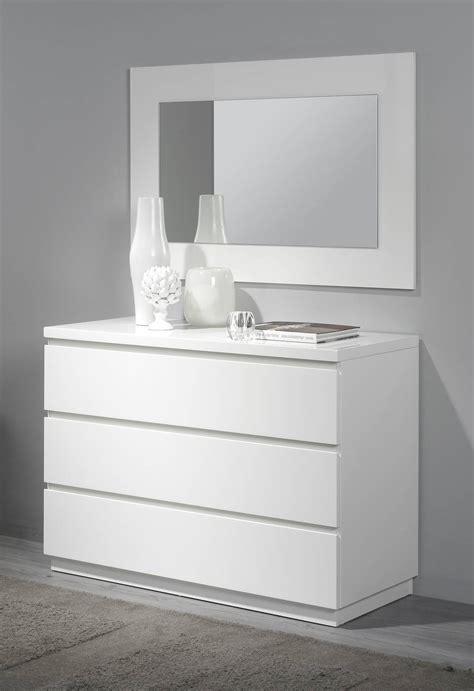 comoda blanca ld   dormitorios moderno