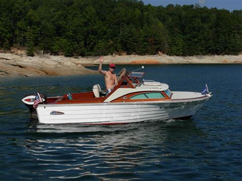Small Boats For Sale Greenville Sc by Cruisers Inc Ladyben Classic Wooden Boats For Sale