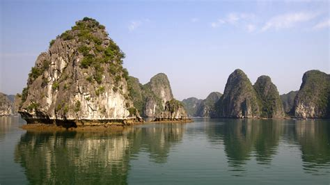 wallpaper ha long bay 5k 4k wallpaper 8k halong bay