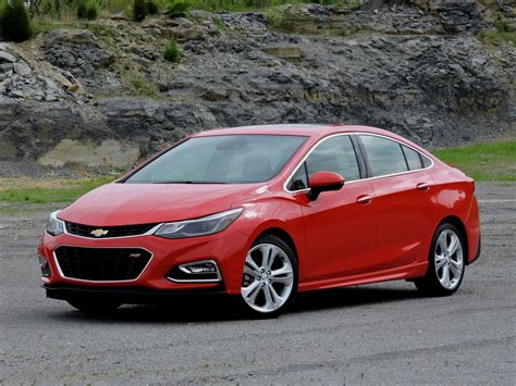 2015 Chevy Cruze Lt Review by 2016 Chevrolet Cruze Review Autoguide