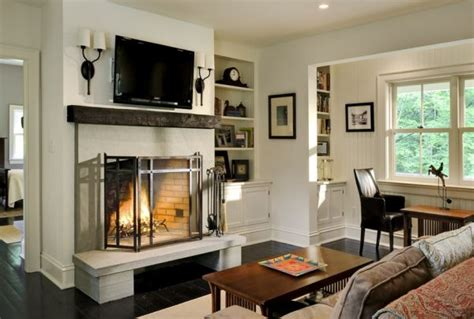 pros  cons    tv   fireplace