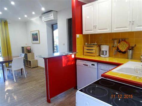 trois pieces cuisine location appartement trois pièces à raphael var