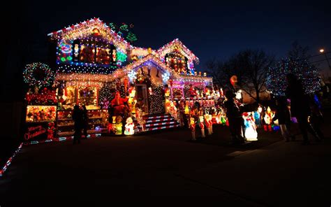 if carlsberg did christmas lights sell house fast