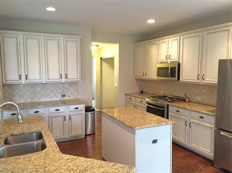 painting kitchen cabinets    painter