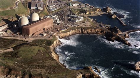 Wave goodbye to California's last nuclear plant | Grist