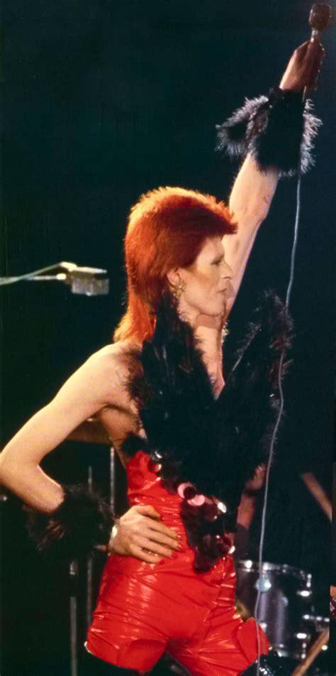 Floor Show by David Bowie David Bowie Pinterest