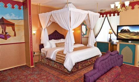 fantasyland hotel fantasy themed rooms
