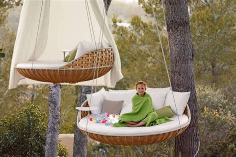 dedon swing patio things the dedon swingrest collection