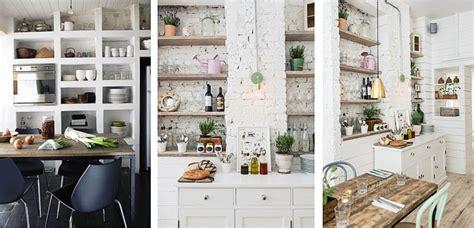 estantes abiertos  decorar la cocina