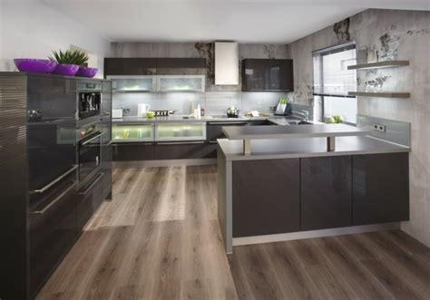 exemple couleur cuisine cuisine gris anthracite 56 idées pour une cuisine chic