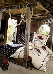 Felix deco on pinterest pirates pirate ship cakes and for Robe de chambre enfant avec housse de couette a decorer