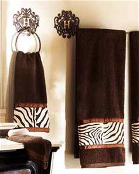 Zebra Print Bathroom Set by Zebra Prints And Decorative Patterns For Modern Bathroom