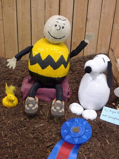 Diy Projects And Crafts Charlie Brown Halloween Pumpkin