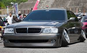 Cars with Negative Camber