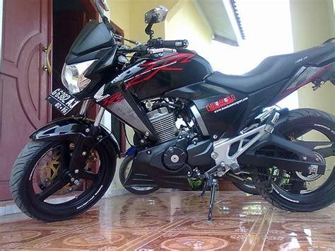 Modifikasi Motor New Megapro 2011 by Suzuki Titan R Sr Pertamax7
