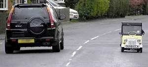 La Plus Petite Voiture Du Monde : vid o la plus petite voiture du monde est anglaise normal ~ Gottalentnigeria.com Avis de Voitures