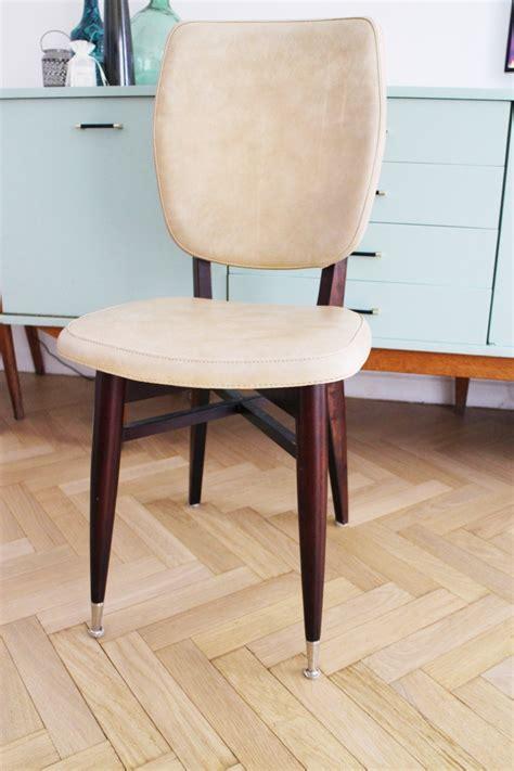 chaise médaillon pas chère chaise medaillon pas chere chaise transparente pas cher