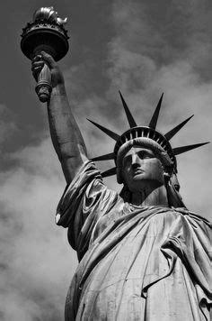Tatuaje de Estatua de la Libertad, Edificios, Humo