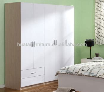 Cheapest Place To Buy Wardrobes by Cheapest 3 Door Wardrobe Bedroom Furniture Mdf Wardrobe