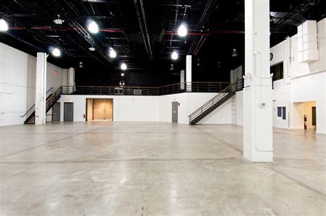 mezzanine sir stage