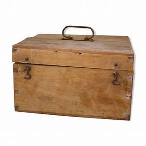 Boîte à Thé Compartimentée : boite en bois ancienne compartiment e mes petites puces ~ Teatrodelosmanantiales.com Idées de Décoration