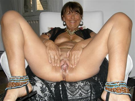 1  Porn Pic From Slutwilma Beautiful Submissive