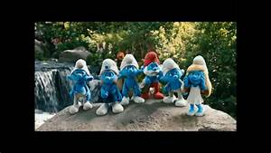 The Smurfs  3d  - Official Trailer