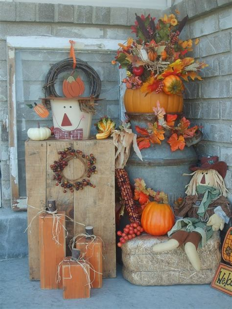 pictures of fall decorations 60 pretty autumn porch d 233 cor ideas digsdigs