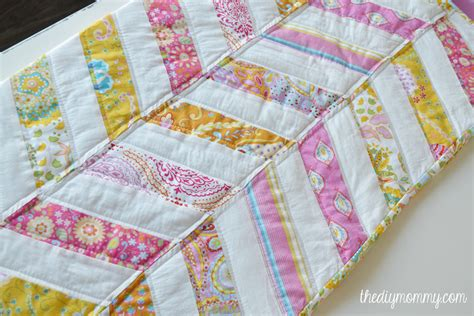 how to make a baby quilt sew an easy herringbone baby quilt the diy