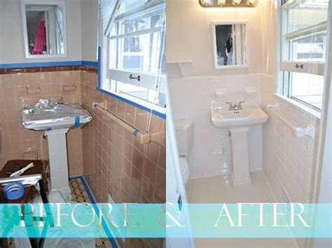 Painting Bathroom Tiles Before And After by Who Knew You Could Just Paint Tiles With A