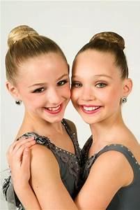 chloe lukasiak and maddie ziegler | • Dance Moмѕ • | Pinterest