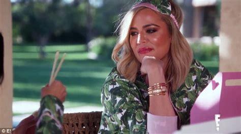 Kim and Kourtney Kardashian support Khloe amid Lamar Odom ...
