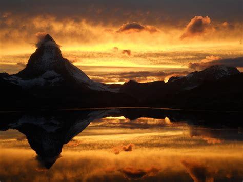 Matterhorn Am Riffelsee Im Sonnenuntergang Foto & Bild