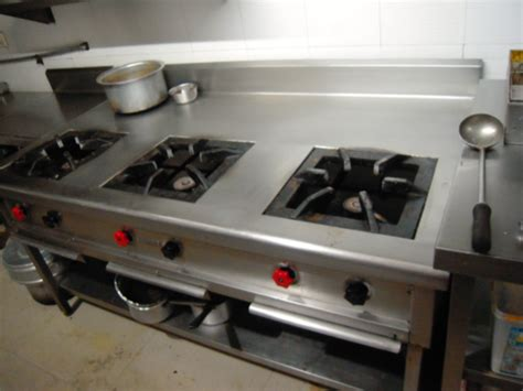 Delighful Restaurant Kitchen Gas Stove Burners With 2 Ovens On Pertaining To Restaurant Kitchen 6 Inch Stove Pipe Roof Flashing Dvl Adapter Propane Cast Iron Stoves Gas Vent Hood Sears Outlet Induction Napoleon Barrie Wood Burning Or Steel Vermont Castings Insert